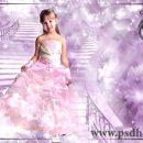فون کودک دخترانه در بکگراند کاخ سیندرلا