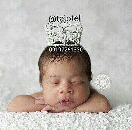 عکاسی از نوزاد با تاج