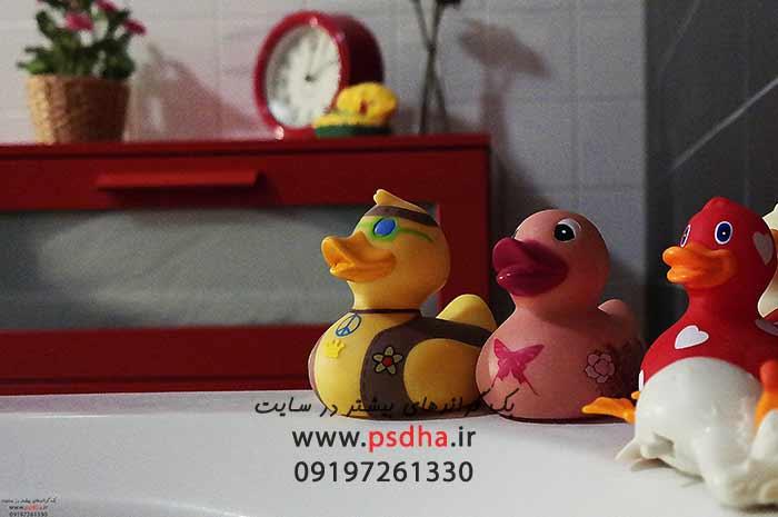 بک گراند حمام ، اسباب بازی