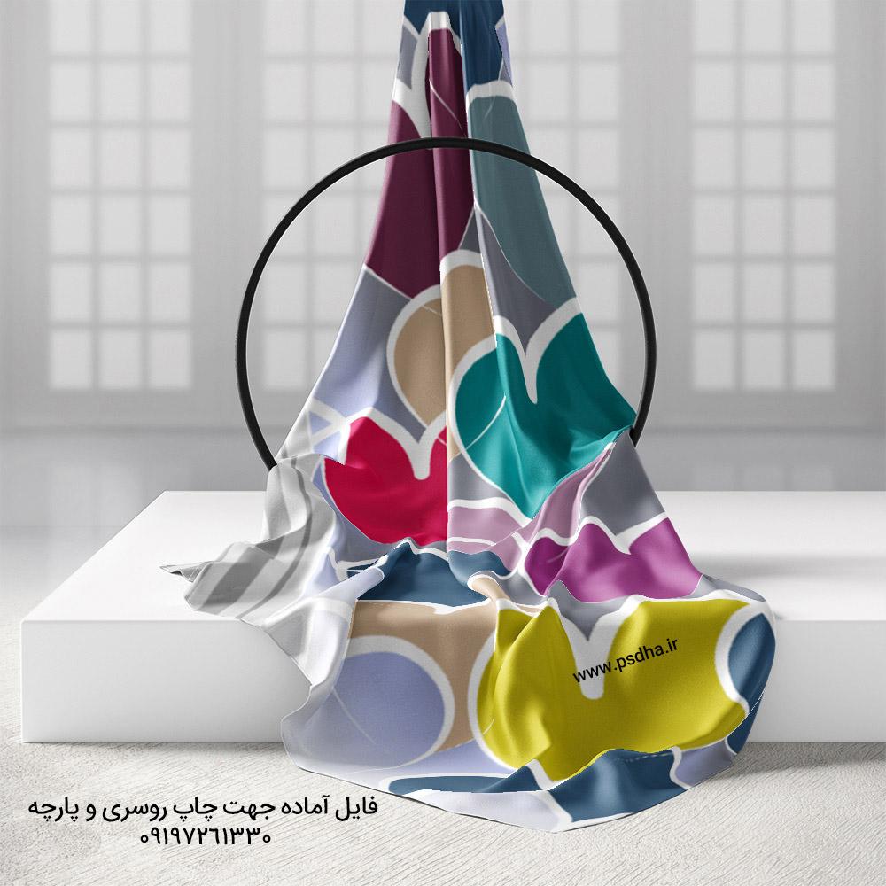 روسری با طرح قلب رنگی